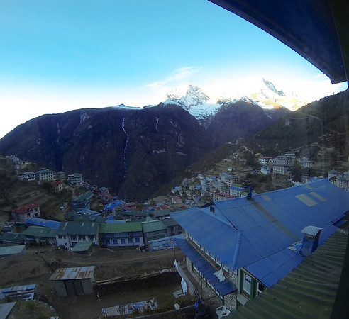 This is what you get at dawn from the top of the natural amphitheatre that Namche Bazar is built on. Wonderful, eh?